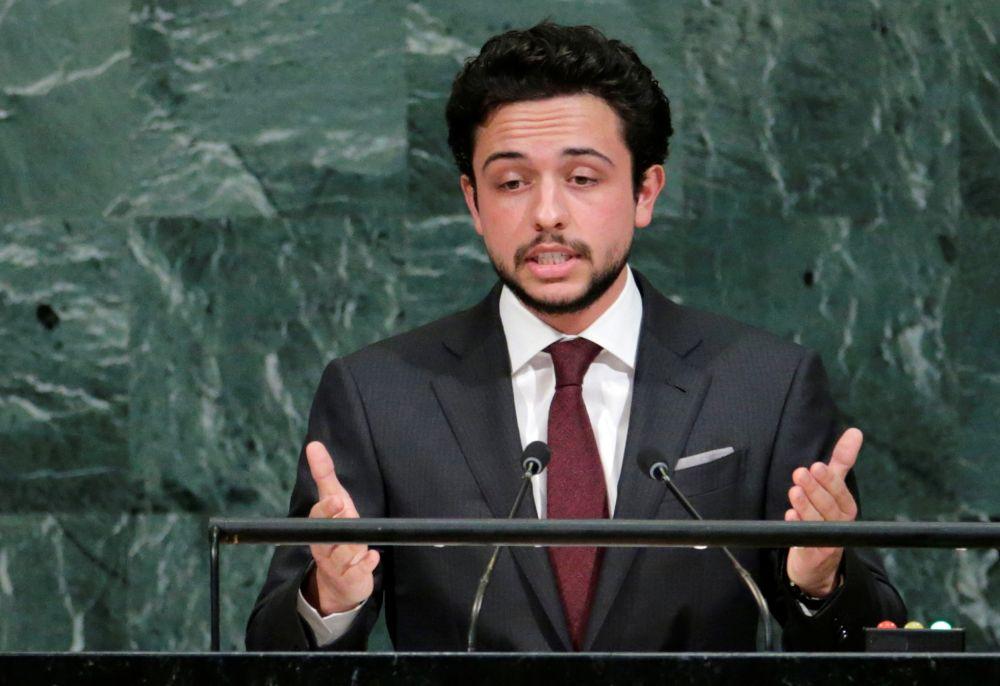 Наследный принц Королевства Иордании Хуссейн бин Абдулла, 27 лет. Хуссейн является прямым наследником трона с 2004 года