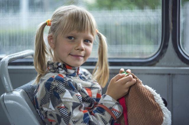 В РФ предложили увеличить штраф за высадку детей из автобусов - Известия