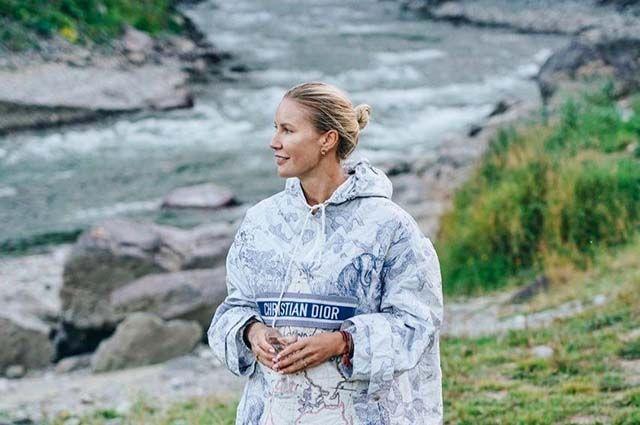 Телеведущая приезжает на Алтай не только отдыхать, но и в рамках экологических акций и в партнерстве с WWF.