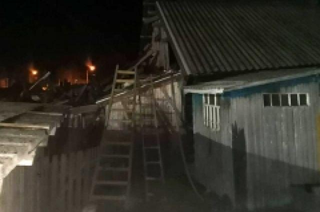 Пожарных вызвали соседи.