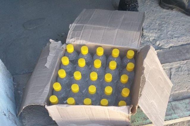 В Оренбуржье продолжают массово выявлять и изымать контрафактный алкоголь.