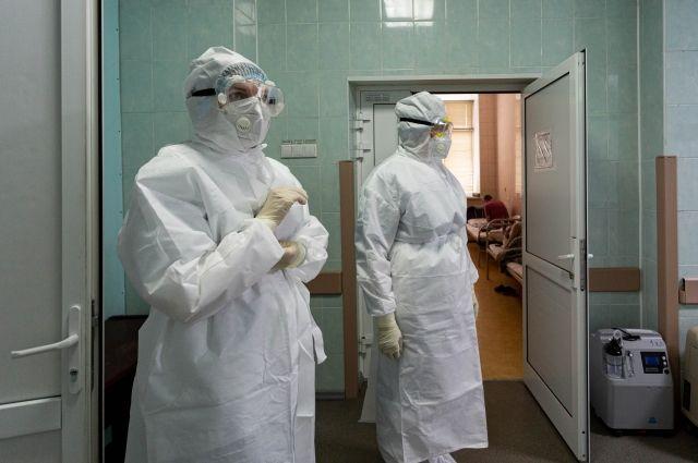 Долго ли мы будем проверять медиков на прочность, не прививаясь и  игнорируя маски в общественных местах?