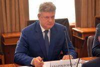 Вакантную должность спустя полгода занял Анатолий Серышев.