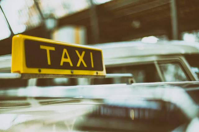 В Перми разыскивают мужчину, зарезавшего таксиста и угнавшего его машину