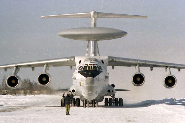 Самолет ДРЛО «А-50».