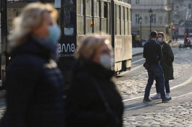 Во Львове ужесточают карантин с 18 октября: какие введут ограничения