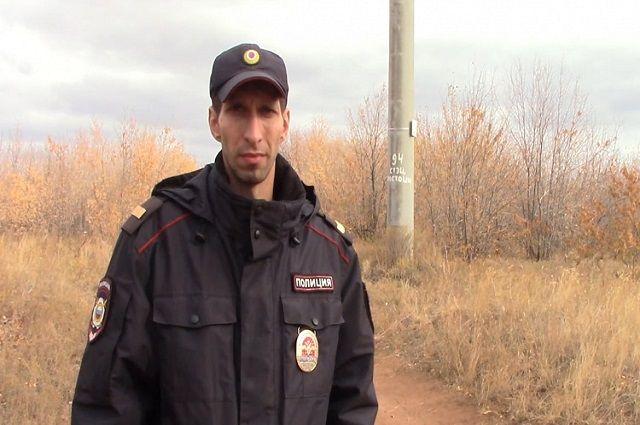 На полицейского и его дену напал неизвестный с ружьём