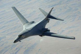 Бомбардировщики США пролетели над Чёрным морем