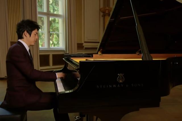 Пианиста Ли Юнди задержали за попытку воспользоваться услугами проститутки